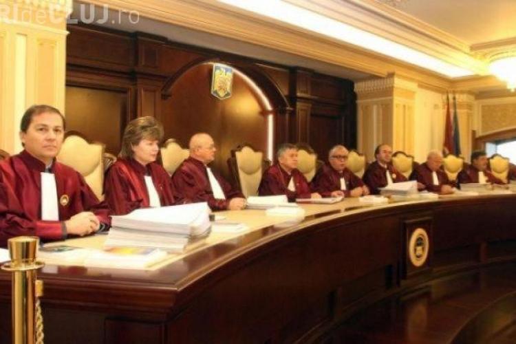 Curtea Constituțională a stabilit: Abuzul în serviciu este parţial neconstituţional