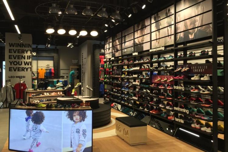 Adidas și-a modificat magazinul de la Iulius Mall Cluj - FOTO
