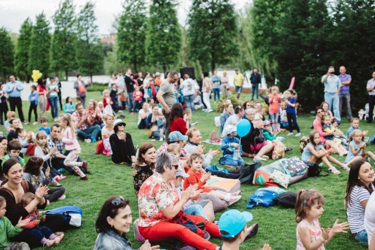 Mini-maraton de distracție pentru cei mici, în weekend, la Iulius Parc. Ce activități sunt pregătite pentru copii