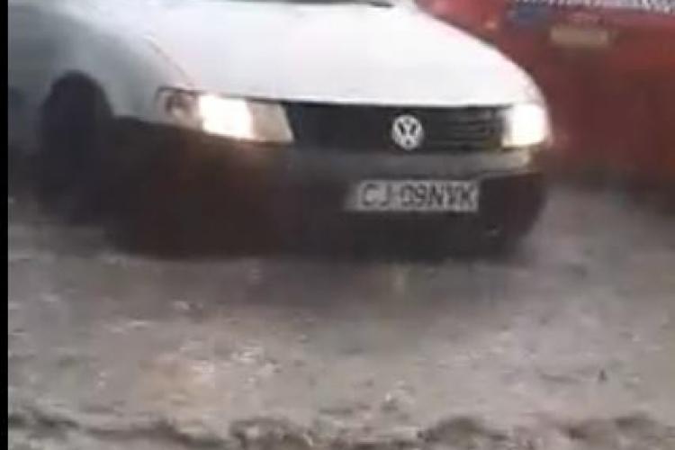 Furtuna de la Cluj a inundat străzile din zona Autogării Cluj - VIDEO