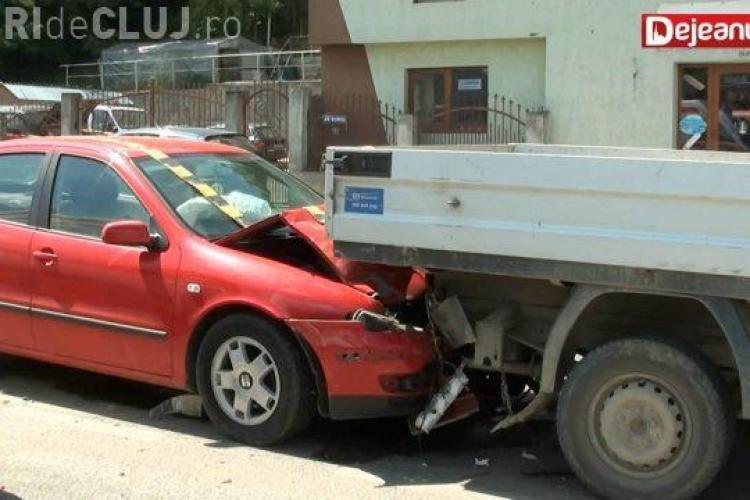 Neatenția costă! Un accident s-a soldat cu 3 victime la Dej VIDEO
