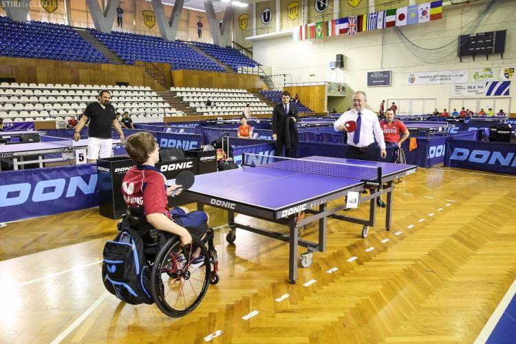 La Cluj-Napoca a început competiția de tenis de masă pentru persoane cu dizabilități - FOTO