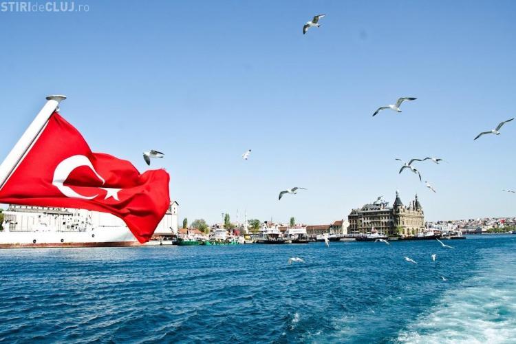 Numărul turiştilor străini în Turcia s-a redus cu 40%