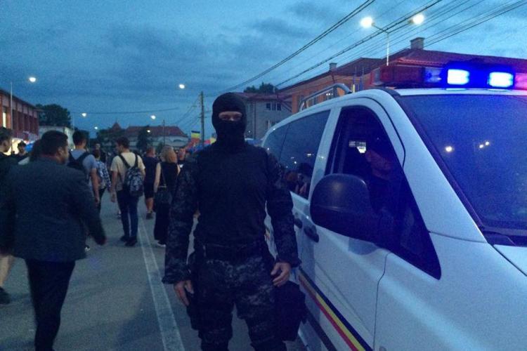 Sute de amenzi aplicate de polițiști în weekend la Cluj! Oamenii legii au fost prezenți și la Electric Castle