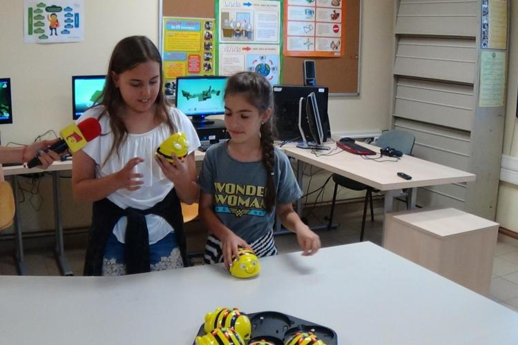 RoboCamp, la Cluj! Elevii învață să își programeze propriile jocuri  VIDEO