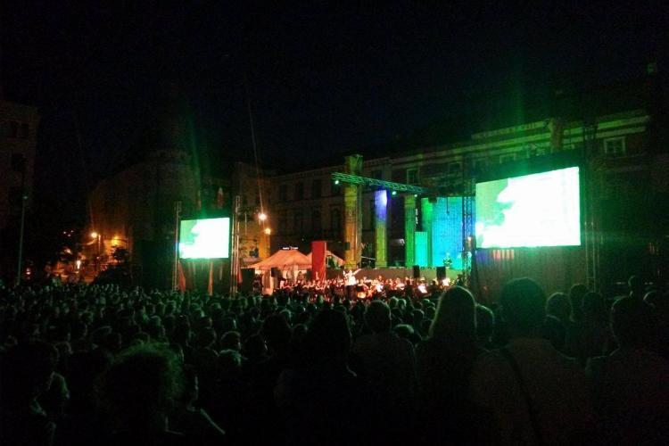 Mii de oameni în Piața Unirii, la spectacolul de operă în aer liber. Clujul european arată bine - FOTO