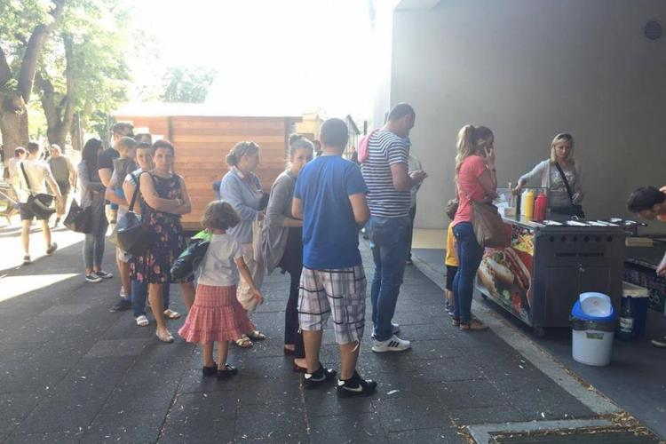 Street food festival e PRAF. Nu are nicio legătură cu mancarea de stradă - FOTO
