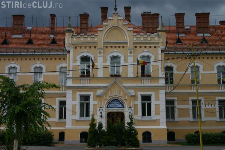 """Conducerea Direcției de Protecție a Copilului Cluj, acuzată de """"un nou jaf din bani publici"""""""