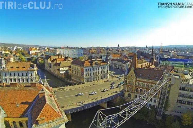 La un pas de tragedie, marți seara, la Podul Horea, din centrul Clujului