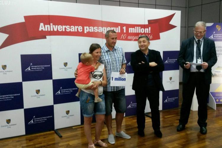 Aeroportul Cluj a premiat pasagerul cu numărul un milion din acest an. E un nou record FOTO