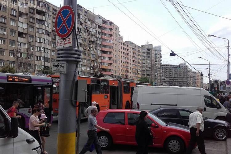Clujenii continuă să LAUDE sistematizarea circulației din Piața Mărăști: Cineva totuși gândește...
