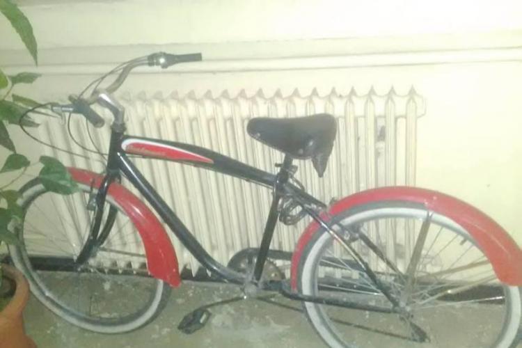 Un celebru artist din România a fost prădat de hoți. Ce le transmite, pe Facebook, celor care i-au furat bicicleta