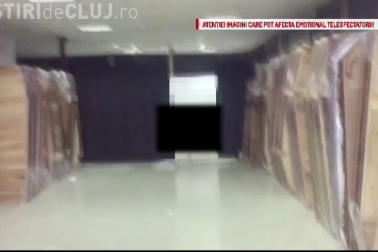 La Cluj, angajatii unor firme de pompe funebre îmbălsămeaza cadavre în garajele unor blocuri
