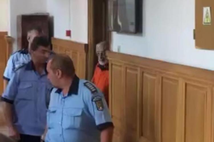 Gregorian Bivolaru a fost adus la Cluj. Este judecat pentru trafic de persoane - VIDEO