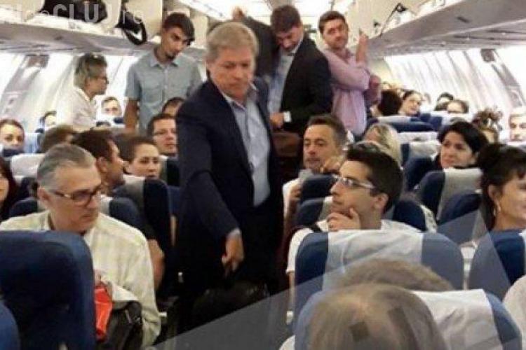 Cioloş a zburat până la Munchen cu o cursă de linie, la clasa Economic
