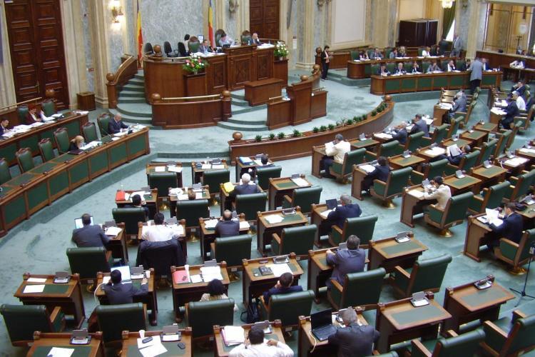 Senator: Să fii politician e mai riscant ca o misiune în Afganistan