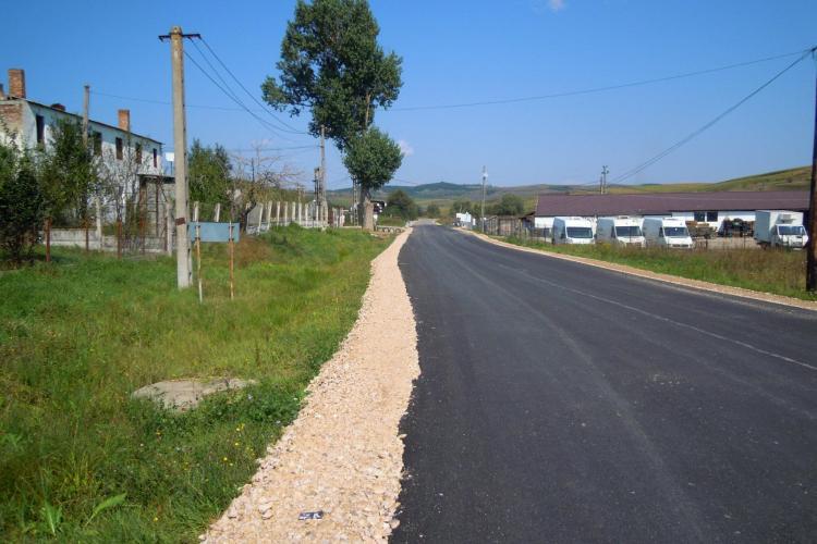 A fost finalizată reabilitarea drumului judeţean Popeşti - Berindu - DN1F