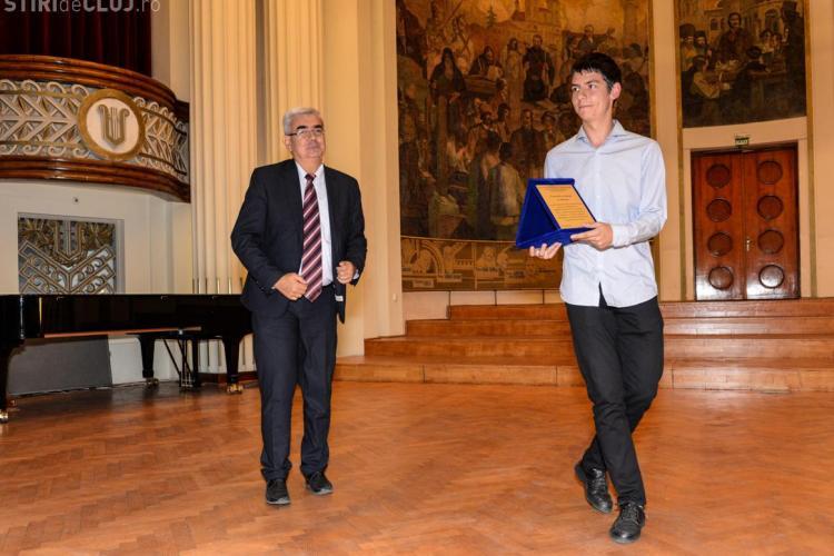 Care este cel mai deștept elev din Cluj-Napoca. A primit Premiul de Excelenţă în Educaţie - FOTO