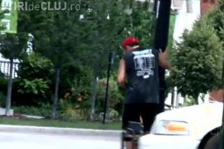 Cluj-Napoca: Se masturbeaza pe strada sau prin ganguri? Oare nu deranjeaza pe nimeni?