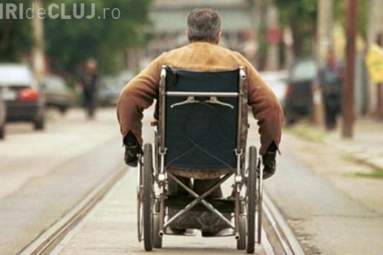Un bărbat a stat în scaunul cu rotile 43 de ani din cauza unui diagnostic greșit