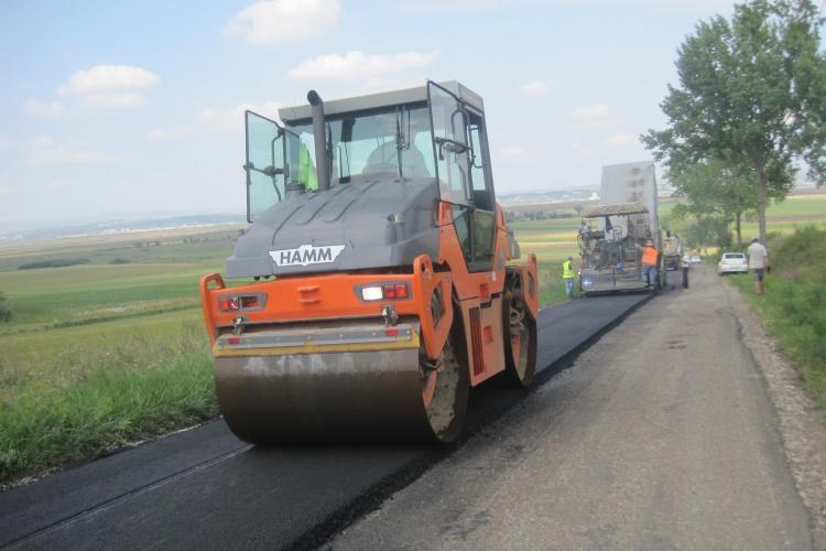 20 de drumuri judeţene modernizate sau reparate concomitent în judeţul Cluj