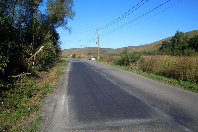 Reparații pe 22 de km, pe drumul Gârbău - Aghireş - Leghia - DN1 - FOTO