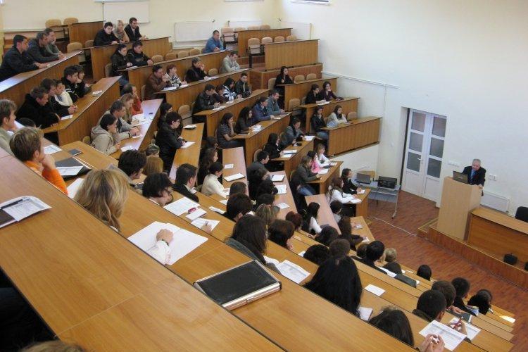 Încep înscrierile la EMBA -ul University of Hull 100% britanic din Cluj-Napoca