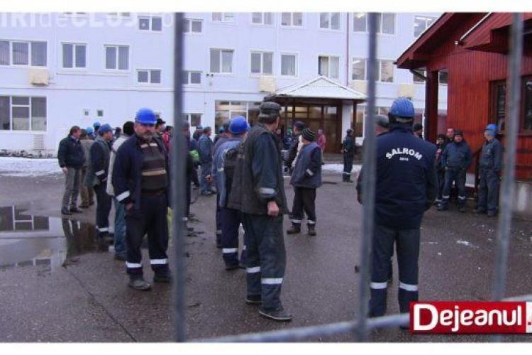 Protest spontan la Salina Ocna Dej. Minerii nu mai vor să intre în subteran VIDEO
