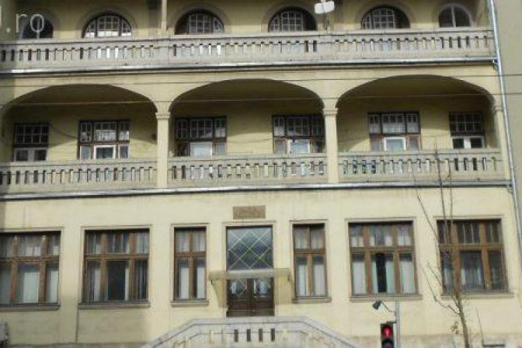 Calvarul trăit de o familie la Pediatrie 1 Cluj: Voi cu Facebook-ul si cu Youtube -ul vostru ne cereți nouă analize
