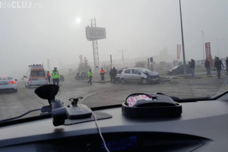 Accident în față Selgros Cluj, cu două mașini implicate - FOTO