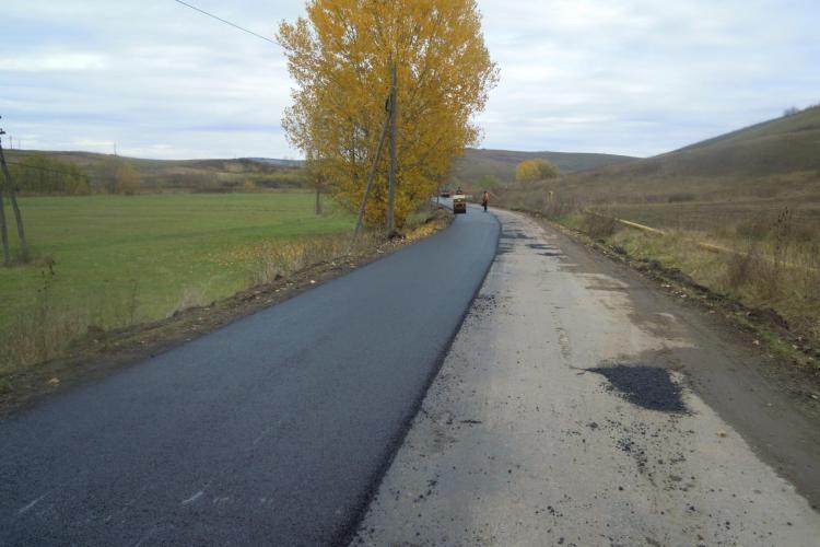 Tronsonul de drum Hodaie - Feldioara a fost asfaltat - FOTO