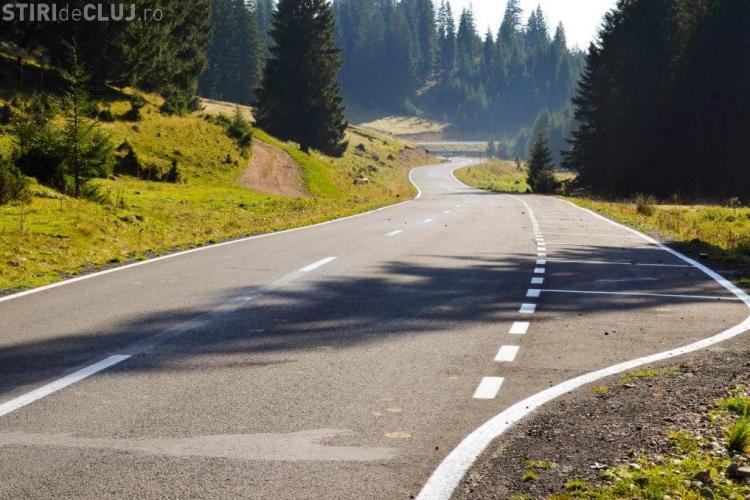 Cum arată drumul turistic Răchiţele - Ic Ponor, finalizat greu după 9 ani de lucrări