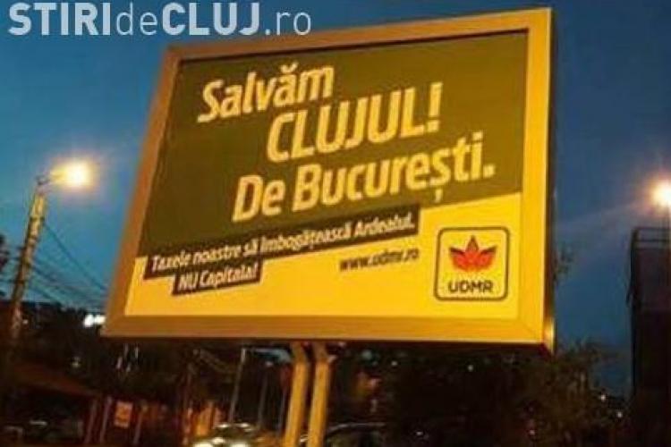 """Cluj - Poliția locală a îndepărtat panourile UDMR cu mesajul """"Salvăm Clujul de Bucureşti"""". E CORECT?"""