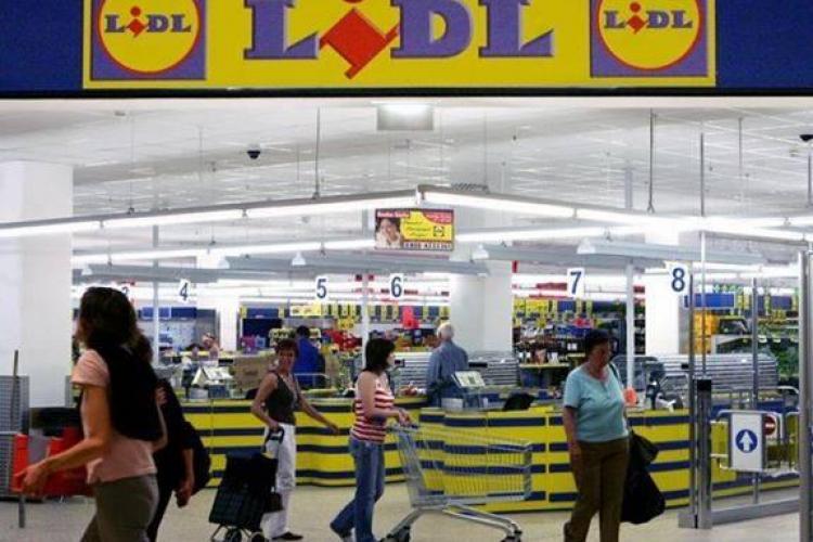 Lidl a majorat salariile de la 1 octombrie de teama exodului de angajați