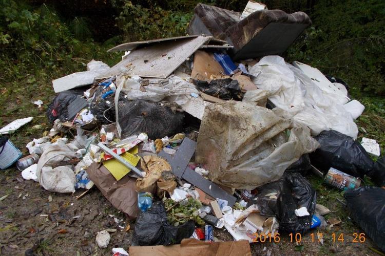 Cluj-Napoca: A aruncat deșeuri la Sf. Ioan și a FUGIT! L-au depistat foarte SIMPLU