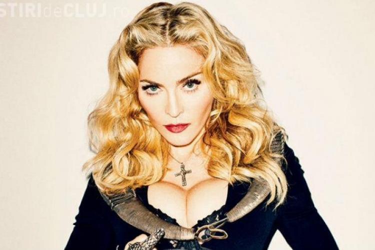 Declarația scandaloasă făcută de Madonna! Le-a promis favoruri sexuale celor care o votează pe Hillary Clinton VIDEO