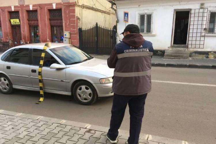 Bătrân lovit de mașină pe trecerea de pietoni, la Dej. Șoferul era băut la volan FOTO