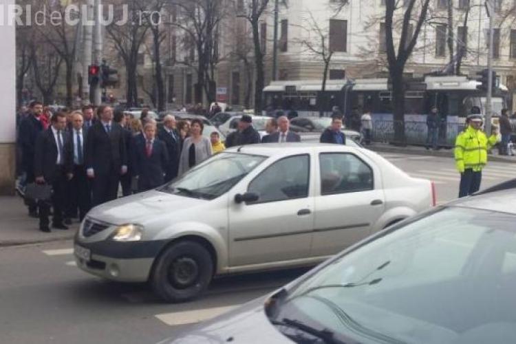 Un nou gest surprinzător al lui Dacian Cioloş, făcut în trafic