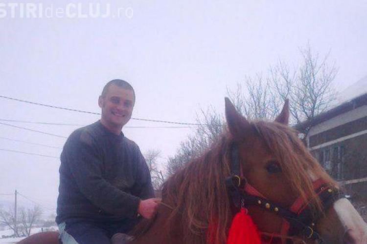 Polițist din Cluj, acuzat că folosește mașina de serviciu pentru a duce angajații la stână