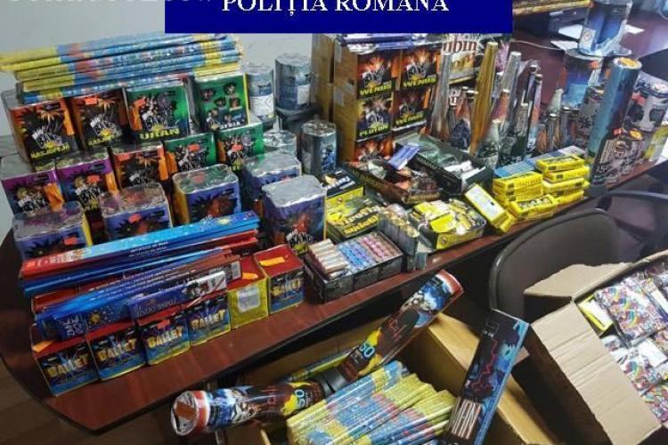 Captură uriașă de petarde la Cluj. Polițiștii au confiscat aproape 9.000 de articole pirotehnice