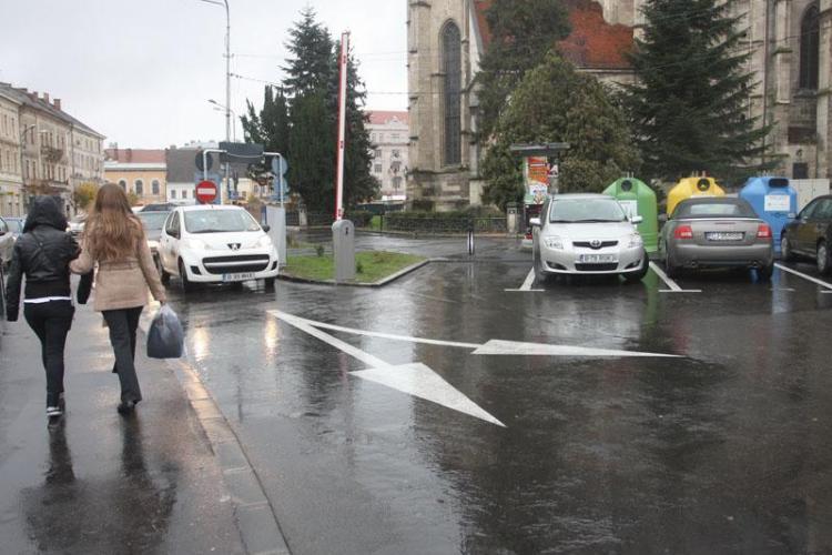 E OFICIAL! De săptămâna viitoare se măresc tarifele de parcare în centrul Clujului