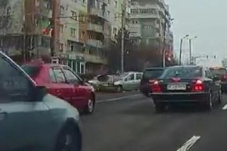 Accident pe Calea Mănăștur, surprins LIVE de un șofer - VIDEO