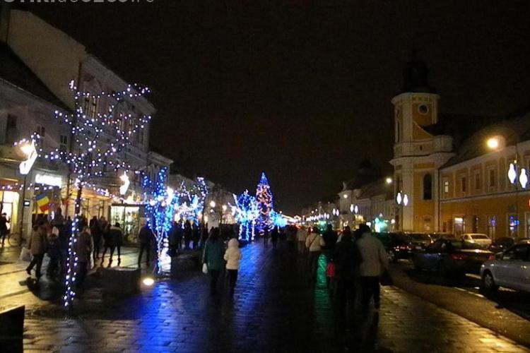 La ce oră se aprinde iluminatul festiv la Cluj. Vezi când are loc și focul de artificii