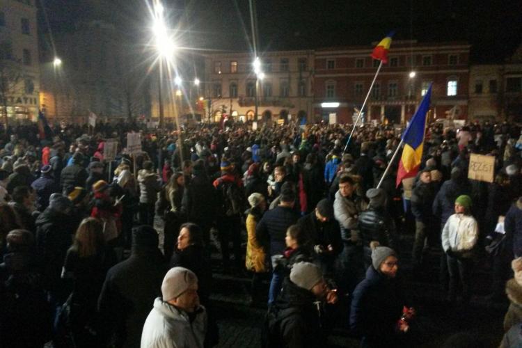 Protest la Cluj, duminica de la 18.00. Se schimba locurile de INTALNIRE