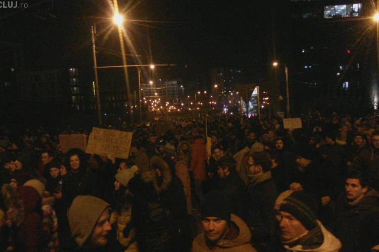 UPDATE Cluj / Peste 35.000 de clujeni au ieșit din stradă la protest FOTO / VIDEO