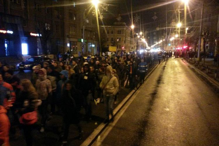 Clujenii ies din nou în stradă, vineri seară. Vezi la ce oră are loc protestul