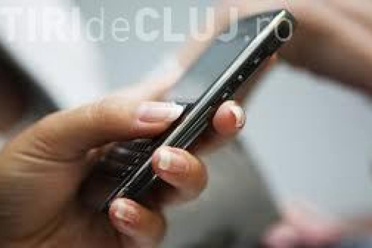 ATENȚIE! O nouă metodă de furt prin SMS face ravagii