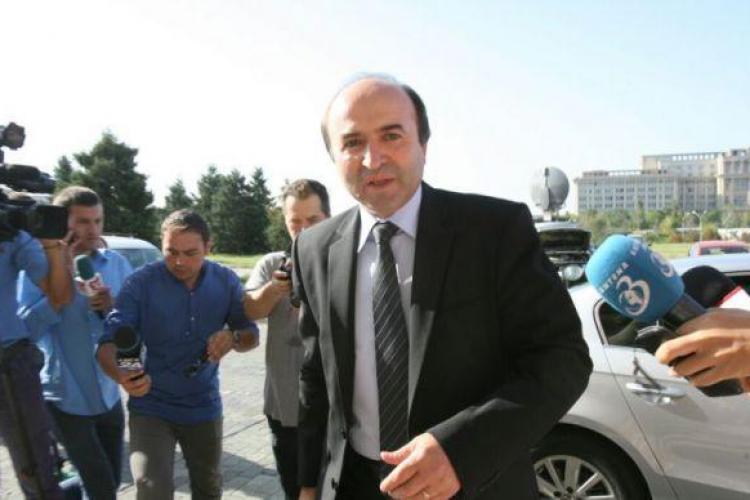 Ce spune ministrul Justiției despre revocarea şefei DNA