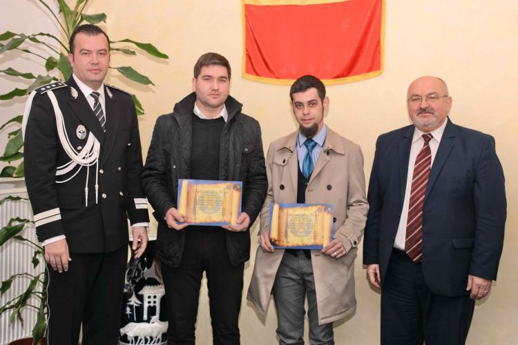 Doi tineri clujeni au fost premiați pentru spiritul civic. Au reușit să oprească doi hoți