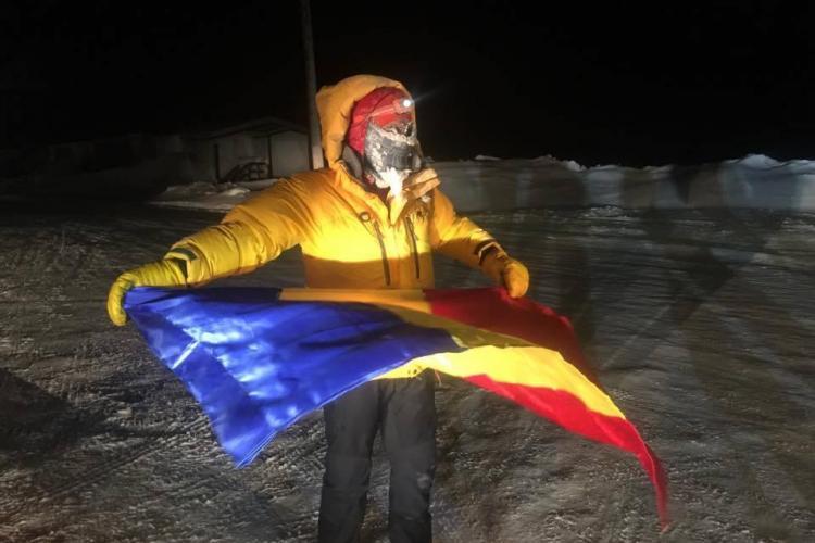 Maratonistul Tibi Uşeriu a revenit în România. La Cluj a fost întâmpinat cu aplauze - VIDEO